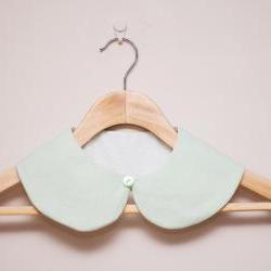 Peter Pan Collar - Detachable Peter Pan Collar in Mint Green