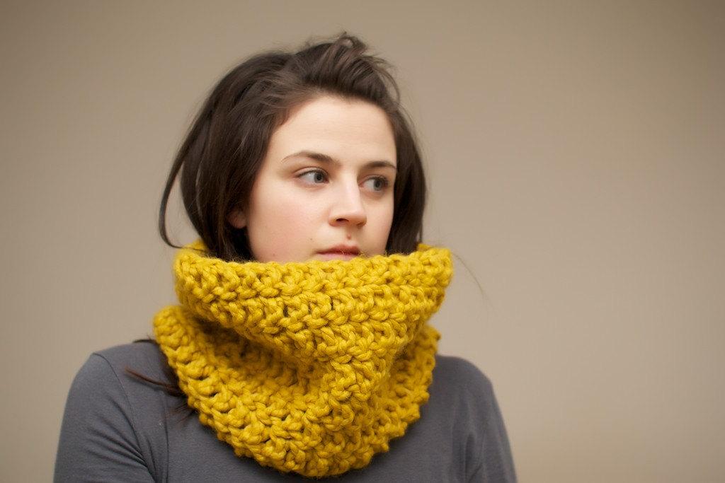 Chunky Crochet Cowl In Mustard Yellow On Luulla